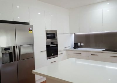 Kauri St, Carindale Kitchen7